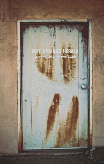 hs herald door