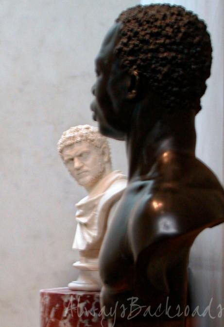 JPG b-w statues