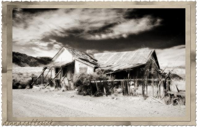 lake-valley-house-framed