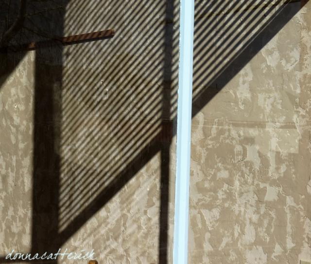 wall-shadow